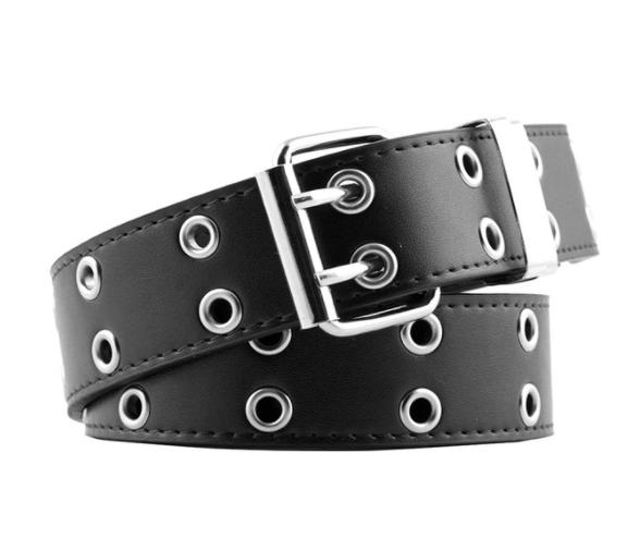 Женский кожаный ремень в стиле панк черный